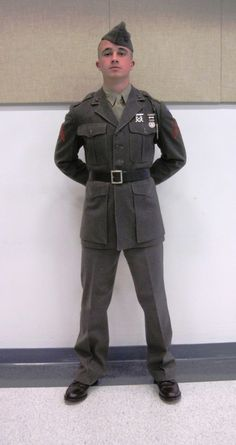 Uniform Packages | United States Marine Corps Historical Company Marine Corps Uniforms, Marine Officer, Navy Uniforms, Military Uniforms, Marine Corps Quotes, Marine Corps History, Marine Corps Bases, Military Guys, Military Photos