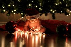 Baby's First Christmas Photo - Baby Photography - First Christmas Photos, Xmas Photos, Babys 1st Christmas, Cute Baby Pictures, Holiday Pictures, Family Christmas, Photo Bb, Book Bebe, Photo Deco