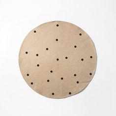 Ferm Living - Jute tæppe black dots