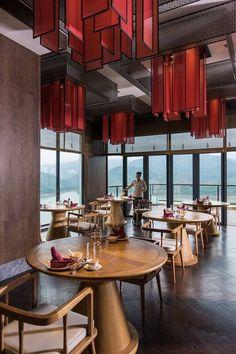 restaurant people Stunning luxury interior design ideas for modern boutique hotels. Hotel Lobby Design, Oriental Restaurant, House Restaurant, Chinese Restaurant, Restaurant Interior Design, Luxury Interior Design, Boutique Hotels, Chinese Interior, Café Bar