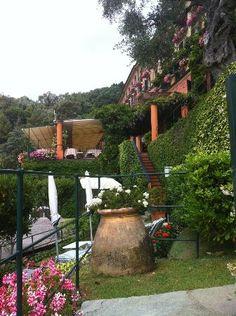 Portofino, Italy Price Book, Great Restaurants, Best Hotels, Worlds Largest, Trip Advisor, Cruise, Portofino Italy, Outdoor Structures, Tours