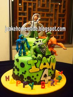Ben 10 birthday cake by Jcakehomemade, via Flickr. My nephew would love this!