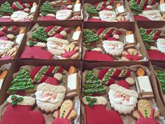 Decorated cookies Christmas Biscoitos decorados de Natal IG: @biscoitosfinos