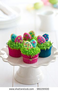 Bright Easter cupcakes :-)