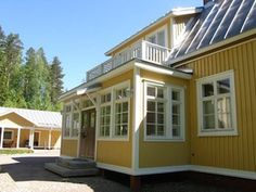 Big, charming house on countryside - Houses for Rent in Tohmajärvi, Finland Charming House, Big Kitchen, Inside Outside, Renting A House, Countryside, Entryway, House Ideas, Mansions, Living Room