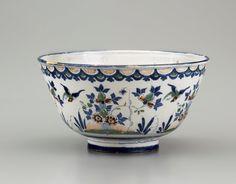 Garry Atkins | London deep sided delftware bowl circa 1730 | New York Ceramics & Glass Fair