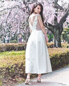 Our #JarloGirl @ekaminagakura simply mesmerised us recently in her #SS16 JULIETTE midi dress in ivory <3 PRE-ORDER YOURS NOW ON OUR SITE <3! #occasionwear #ootd #ivorydress #blacktie #exquisite #eveningwear