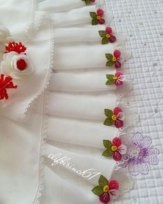 This Pin was discovered by Gül Crochet Motif, Irish Crochet, Embroidery Stitches, Hand Embroidery, Saree Tassels, Needle Lace, Ribbon Work, Cheese Cloth, Cutwork