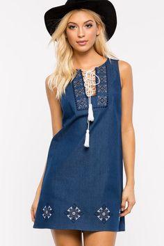 DAY DRESSES | Shop daytime-ready dresses at A'GACI.