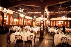 new-orleans-french-quarter-wedding-reception-decorations
