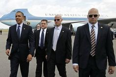 A book by a former Secret Service agent claims Barack Obama is a gay Muslim. (AP Photo/Dennis System, File) / AP Washington, DC — A former Secret Service a Discovery Channel, Protection Rapprochée, Air Force One, All Presidents, Presidente Obama, Arm Guard, Trump Tower, Big Government, New Law