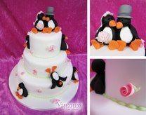 Penguin Wedding Cake. Definitely need this one!