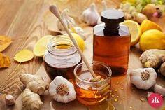Cesnakový sirup – účinnejší ako penicilín a iné lieky! Neuveríš, kým nevyskúšaš! - KAMzaKRASOU.sk Vodka, Garlic, Dairy, Cheese, Vegetables, Food, Syrup, Liquor, Veggie Food