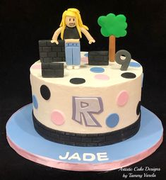 Roblox Birthday Party Ideas For Girls Top Ideas Roblox Birthday Cake, Roblox Cake, 12th Birthday Cake, 9th Birthday Parties, Birthday Cake Girls, Birthday Ideas, Fancy Cakes, Cute Cakes, Aaliyah Birthday
