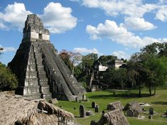 Tikal - the decline of the Mayans is a mystery that left the city abandoned in the only to be rediscovered in Tikal, Mayan Ruins, Ancient Ruins, Aztec Architecture, Aztec Temple, Thinking Day, Central America, Historical Sites, Wonderful Places