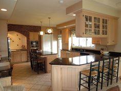 Great kitchen with granite, walk-in pantry, breakfast bar island & Roecker cabinets.