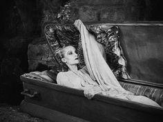 Tod Browning's Dracula (1931).