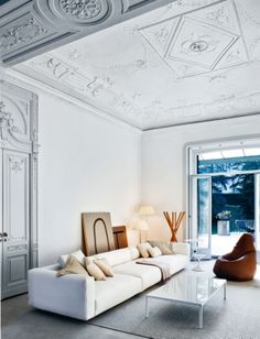 Traditional architecture with contemporary furniture
