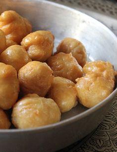 Τσιριχτά (Ποντιακοί λουκουμάδες) | FoodRevolution.gr Pretzel Bites, Potatoes, Bread, Vegetables, Cooking, Desserts, Food, Turkish Recipes, Easy Meals