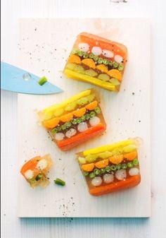 Serviervorschlag für Gemüsesülze Seafood Salad, Kinds Of Salad, Appetizer Dips, Culinary Arts, Charcuterie, Food Presentation, High Tea, Vegetarian Recipes, Snacks