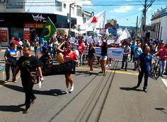 Cresce adesão à greve contra a Reforma da Previdência http://www.passosmgonline.com/index.php/2014-01-22-23-07-47/geral/10202-cresce-adesao-a-greve-contra-a-reforma-da-previdencia