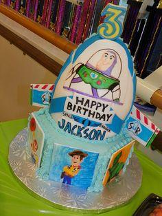 Toy Story Buzz's Spaceship Cake