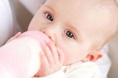 Cara Memperbanyak ASI - ASI bisa dikatakan formula yang harus dan bahkan wajib dikonsumsi oleh bayi untuk perkembangan dan pertumbuhannya.