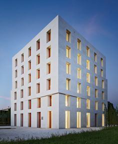 Baumschlager Eberle's energy efficient office in Lustenau, Austria, photo by Eduard Hueber + Ines Leong