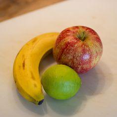 Fruithapje van appel, banaan en limoen | Koken voor mijn dochter