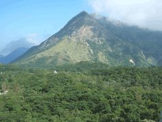 hiking Lantua Island (where the Buddha is)