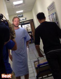 Новость - Первые фото Евгения Плющенко после операции в Израиле