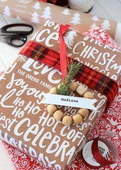 Mini Wreath Gift Tags & More Christmas Wrapping Ideas - Satori Design for Living