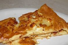 Quick and easy dough pie with yoghurt - Recipes - Chefoulis Gf Recipes, Greek Recipes, Dessert Recipes, Cooking Recipes, Quiche, Greek Desserts, Greek Cooking, Greek Dishes, Savoury Baking
