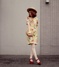 vintage floral by tinytoadstool by shan shan, via Flickr