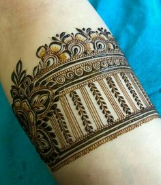 Traditional Mehndi Designs, Latest Bridal Mehndi Designs, Legs Mehndi Design, Full Hand Mehndi Designs, Henna Art Designs, Modern Mehndi Designs, Mehndi Designs For Girls, Mehndi Design Photos, Wedding Mehndi Designs