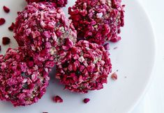 Beet Risotto: Gory Enough For Halloween? Grain Foods, Yule, Beets, Cake Recipes, Raspberry, Diabetes, Healthy Recipes, Chocolate, Fruit