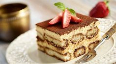 So glad to finally find tiramisu recipe that does not have raw egg - low fodmap and GF too 😄 Gluten Free Sweets, Gluten Free Baking, Gluten Free Recipes, Bolo Tiramisu, Tiramisu Cookies, Fodmap Baking, How To Make Tiramisu, Delicious Desserts, Dessert Recipes