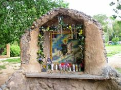 San Santiago (Saint James the Greater) roadside Shrine. It could also be a folk depiction of San Martin Caballero as they are often conflated, both riding horses.