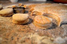 Kúsok môjho sveta: Vynikajúce oškvarkové pagáče Ale, Biscuits, Garlic, Stuffed Mushrooms, Bread, Vegetables, Food, Basket, Cookies