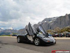 Mclaren - The Legend - amazing doors Mclaren F1, Vroom Vroom, Amazing Places, Super Cars, The Good Place, Sporty, Doors, Vehicles, Car