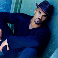 Shemar Moore plays Derek Morgan on Criminal Minds...love that show