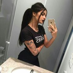 Imagen de girl, tattoo, and style Casual Outfits, Cute Outfits, Fashion Outfits, Fashion Trends, Sexy Tattoos, Girl Tattoos, Dark Fashion, Fashion Beauty, Gina Lorena
