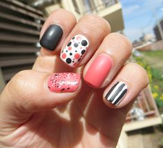 Mix and Match Nails - Coral Black and White
