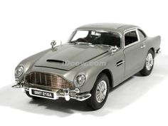 1965 Aston Martin DB5 007 James Bond Gold Finger diecast model car 1:18 scale die cast by Ertl -