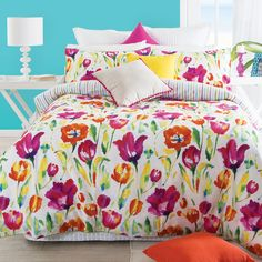 Just like a field of tulips, the Tulip Garden Quilt Cover by Habitat will bring a burst of colour to your bedroom. The beautiful artwork features a painterly design of pink and orange Spring florals.