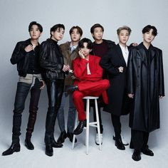 Jungkook Jimin, Bts Taehyung, Bts Bangtan Boy, Bts Group Picture, Bts Group Photos, Foto Bts, Bts Beautiful, Gorgeous Men, Vkook