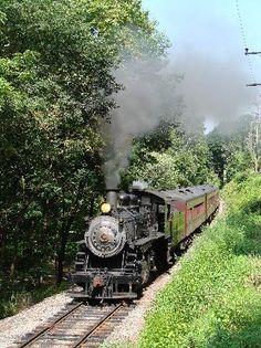 New Hope & Ivyland Railroad, a train ride through Pennsylvania Countryside.
