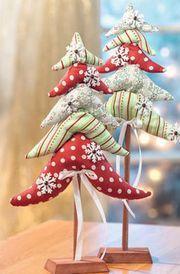 Nähanleitung für Weihnachtsbäumchen aus bunten Stoffen