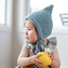 paelas pixielue / paelas pixie hat (norwegian and english version) Knitted Hats Kids, Knitting For Kids, Kids Hats, Knitting Projects, Baby Knitting, Knitting Patterns, Knit Or Crochet, Crochet For Kids, Crochet Baby
