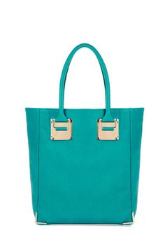 love this color to become the base of my new wardrobe